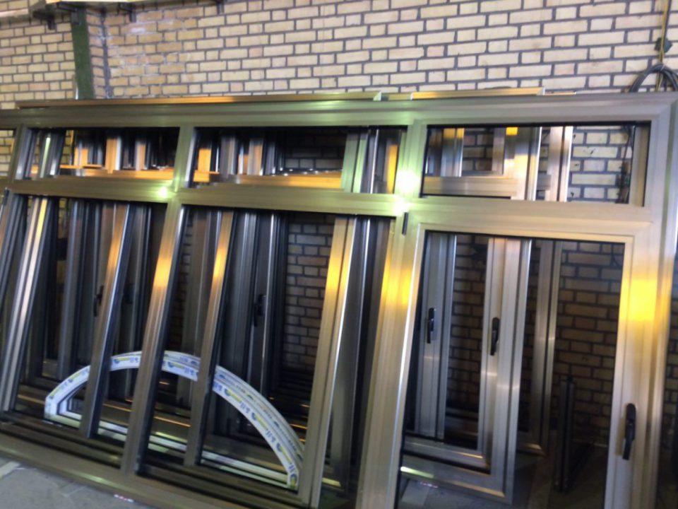 پنجره آلومینیوم دوجداره ترمال بریک